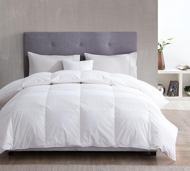 230 Thread Count White Duck Down Full Comforter   Oversized Full XL Bedding