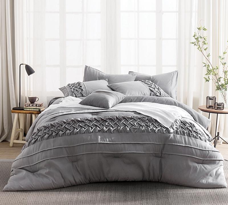 Tempo Queen Comforter   Oversized Queen XL Bedding