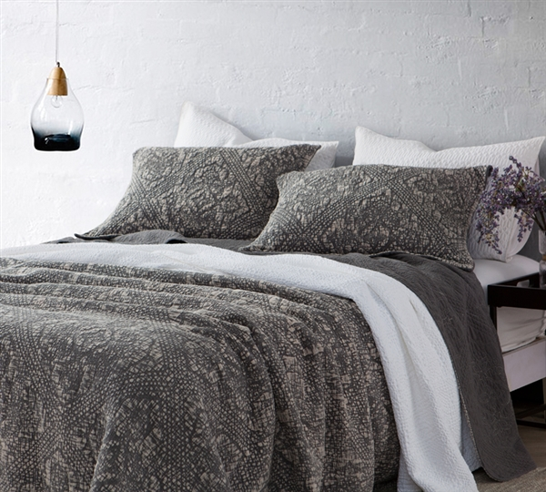 Gradient Stone Washed Cotton Quilt Pewter Oversized
