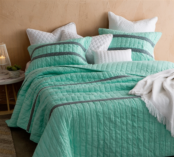 Extra Large Green Full Quilt Made with Soft Microfiber and a Cozy Cotton Blend Inner Fill