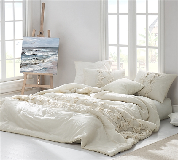 Stylish Full XL Bedding Unique Cadence Textured Quilt Off White Jet Stream Oversized Full XL Quilt