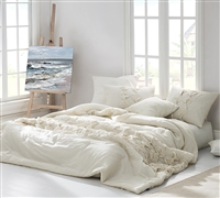 Off White King XL Quilt Stylish Jet Stream Cadence King Oversize Bedding Unique Textured Pattern