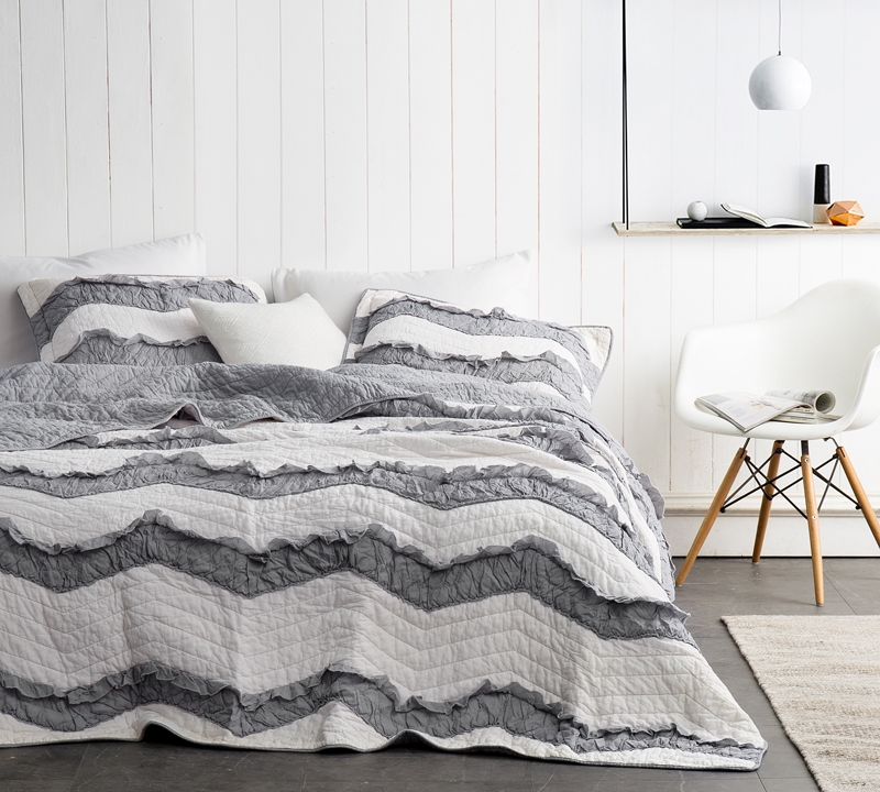 Off White And Gray Two Tone Relaxin Chevron Ruffles Jet Stream Alloy Quilt True Oversized Queen Soft Cotton Bedding