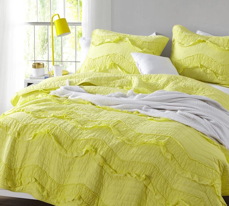 Limelight Yellow Relaxinu0027 Chevron Ruffles Quilt   Single Tone   Oversized  Twin XL