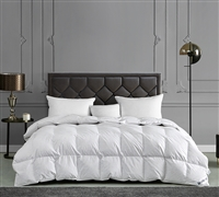 Stylish White Super Soft Cotton and Hungarian Goose Feather Luxurious Queen Bedding