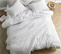 Chommie - Weighted Natural Loft King Comforter - Farmhouse White