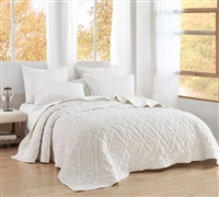 Bare Bottom Velvet Crush King Quilt - Farmhouse White