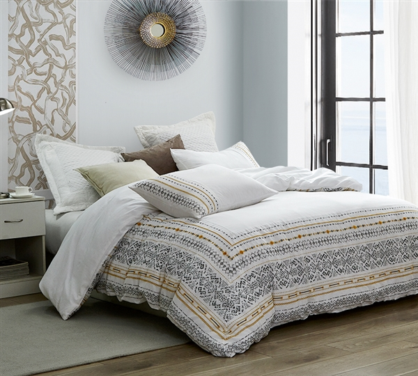 Oversized Twin XL Comforter with Stitched Unique Design Pattern and Cozy Cotton Material