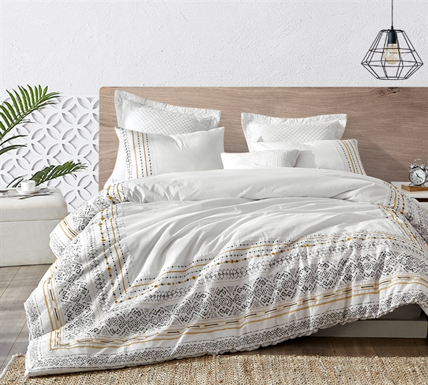 Unique Intricate Stitched Design Oversized Twin XL Duvet Cover with Cozy Cotton Material