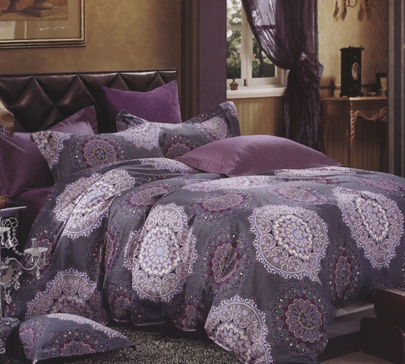 Ordinaire Tyrian Purple Queen Comforter   Oversized Queen XL Bedding
