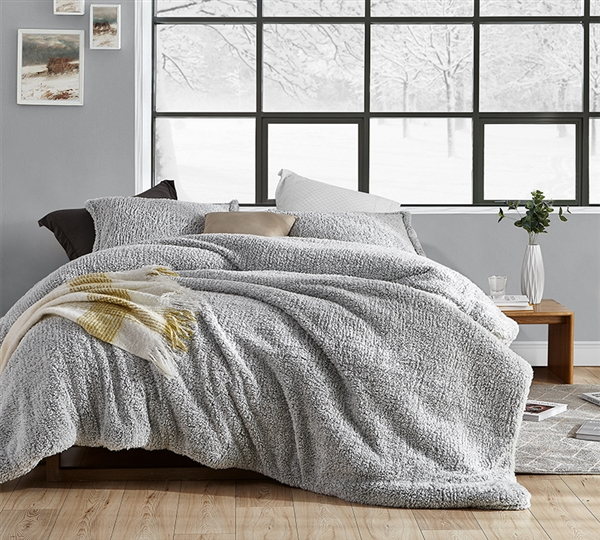 Super Soft Plush Sherpa and Polyester Luxurious Extra Large Full Bed Set in Stylish Easy to Match Gray