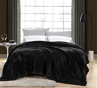 Me Sooo Comfy King Bedding Blanket - Black