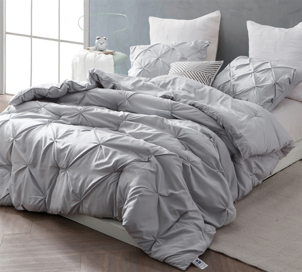 Fashionable Gray Pin Tuck Extra Large Full Comforter with Stylish Matching Shams and Soft Microfiber