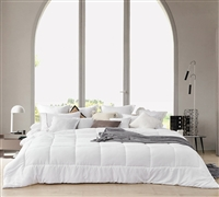 Nomadic Alaskan - Ultimate Oversized King Comforter - White