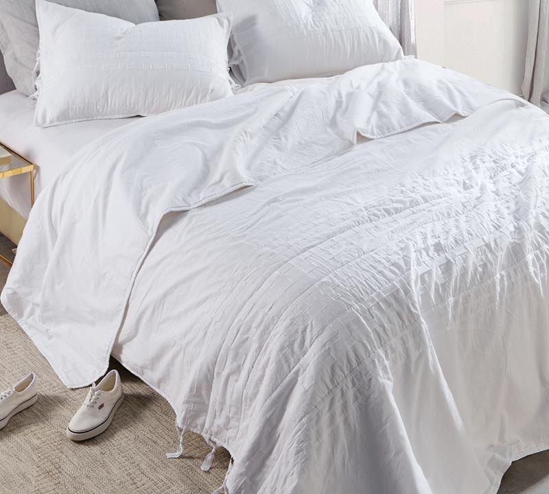 Textured Oversized Queen Comforter