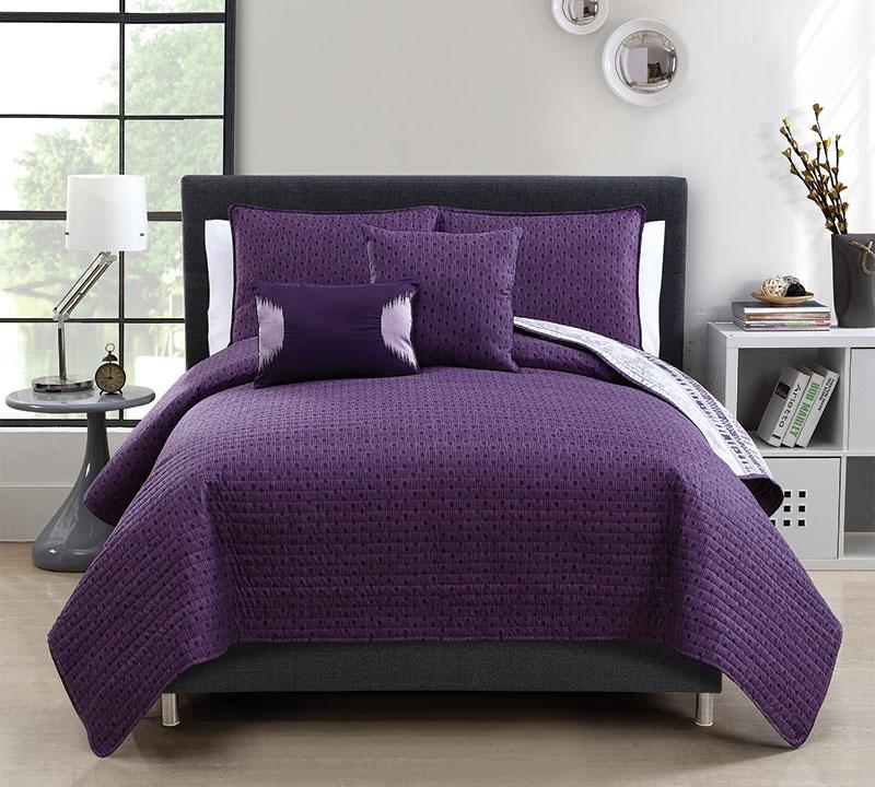 Top 5 Piece Quilt Set Full Bedding in Queen Size - Plum Adelaide ... : plum quilt - Adamdwight.com