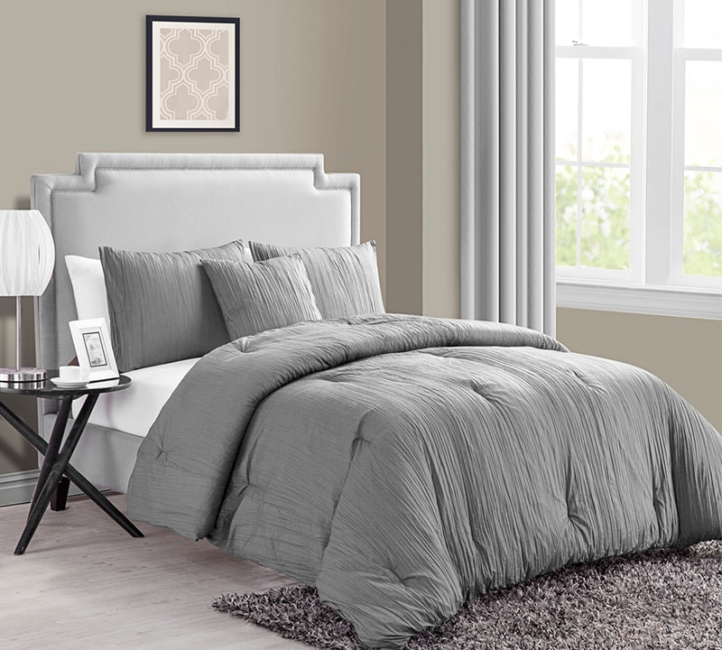 Crinkle 4PC King Comforter Set   Grey
