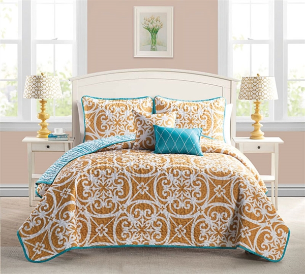 Queen Size Bedding Comforter Sets in Kennedy Orange - 5 Piece Quilt Set Full Bedding in Queen