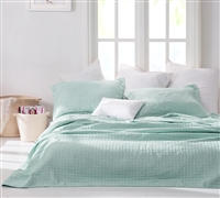 Wrinkle Quilt - Hint of Mint Stone Washed - Oversized Full XL
