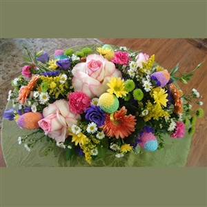 Oblong Easter Centerpiece