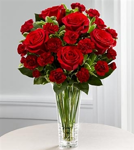 Sweetheart Bouquet - 6 Roses & Mini-Carnations