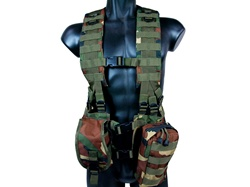 MetalTac Tactical Load Bearing MOLLE Vest (Woodland Camo)