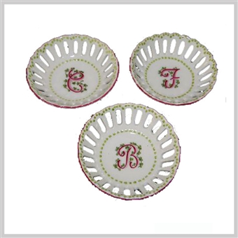 Single Initial Ring Dishes