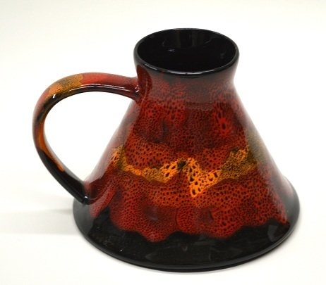 Wide bottom stoneware mug