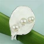 Handmade Triple Pearls on the Shell Silver Ring