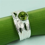 Handmade Simple Elegant Peridot Silver Ring
