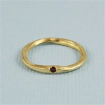Hammered Gold Red Stone Band Ring