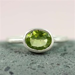 Silver Oval Peridot Ring