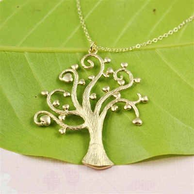 Gold Heart Tree Necklace