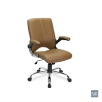 Versa Client Chair
