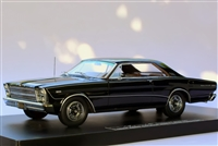 1966 Ford Galaxie 500 7-Litre Hardtop Barn Find Edition Raven Black 1:24