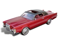 1971 Lincoln Continental Mark III 1:24 Red Metallic