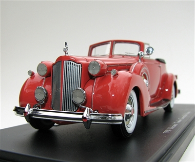 1938 Packard Twelve Convertible Victoria Chinese Red 1:43 Museum Edition