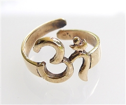 R-12 - AUM (OM) RING in 9 METAL GOLD ADJUSTABLE SIZE