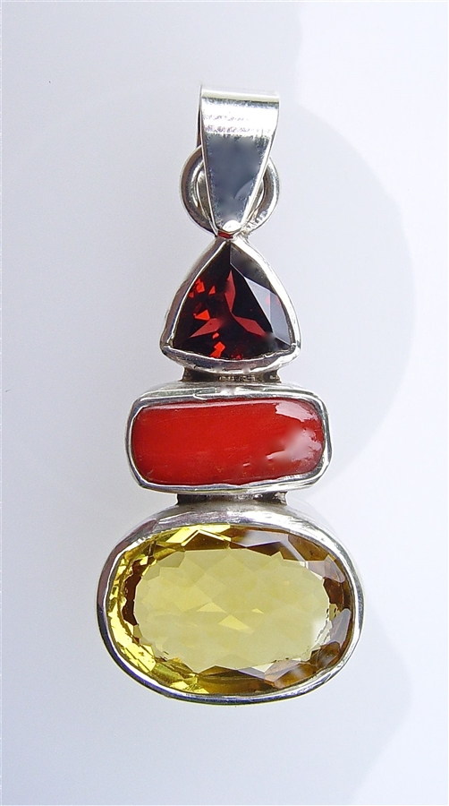 en boxesandthings pendant red natural coral minerals