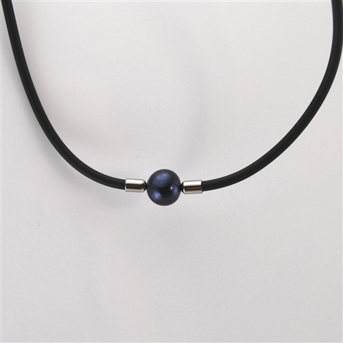 e8f73af8cdd19 Black Pearl Choker Necklace with Black Rubber Cord