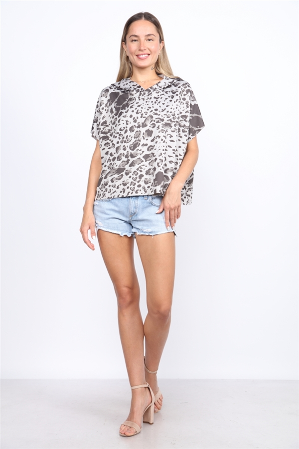 GREY LEOPARD HOODED TOP  T1751
