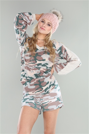 IVORY ARMY CAMOUFLAGE PRINT SHORT  PC5179