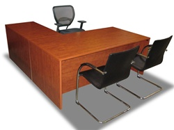 Package Deal 09 - Desk w/ Chairs