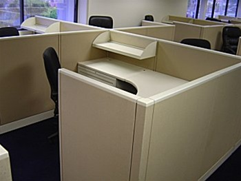 Low Office Divider Walls And Used Cubicle Type Computer