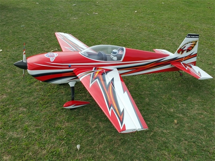 "Skywing RC 89"" Extra 300 - Red"