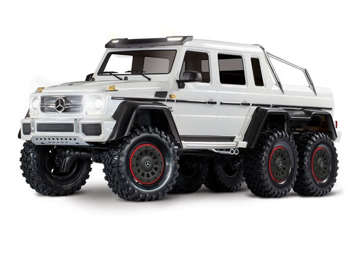 Traxxas 88096-4 Mercedes-Benz G 63 AMG TRX6 6x6 1/10 Crawler, XL-5 HV, LED Lights, White
