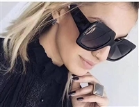 Popular Sunglasses Luxury Women Brand Designer 0083S Square Summer Style Full Frame Top Quality UV Protection Mixed Color Come With Box