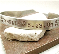 Personalized New Baby Bracelet for Mom