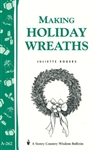 Craft Bulletins by Storey: Making Holiday Wreaths