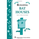 Country Living Bulletins by Storey: Building a Bat House